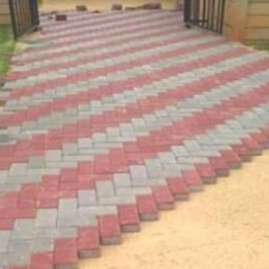 We do all types of brick paving in industrial, domestic and commercial companies like court yards, parking areas, walkways, loading bays.